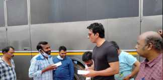 Sonu Sood gifted mobile phones
